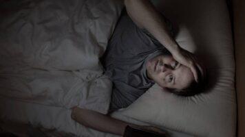 اعراض المس والسحر أثناء النوم